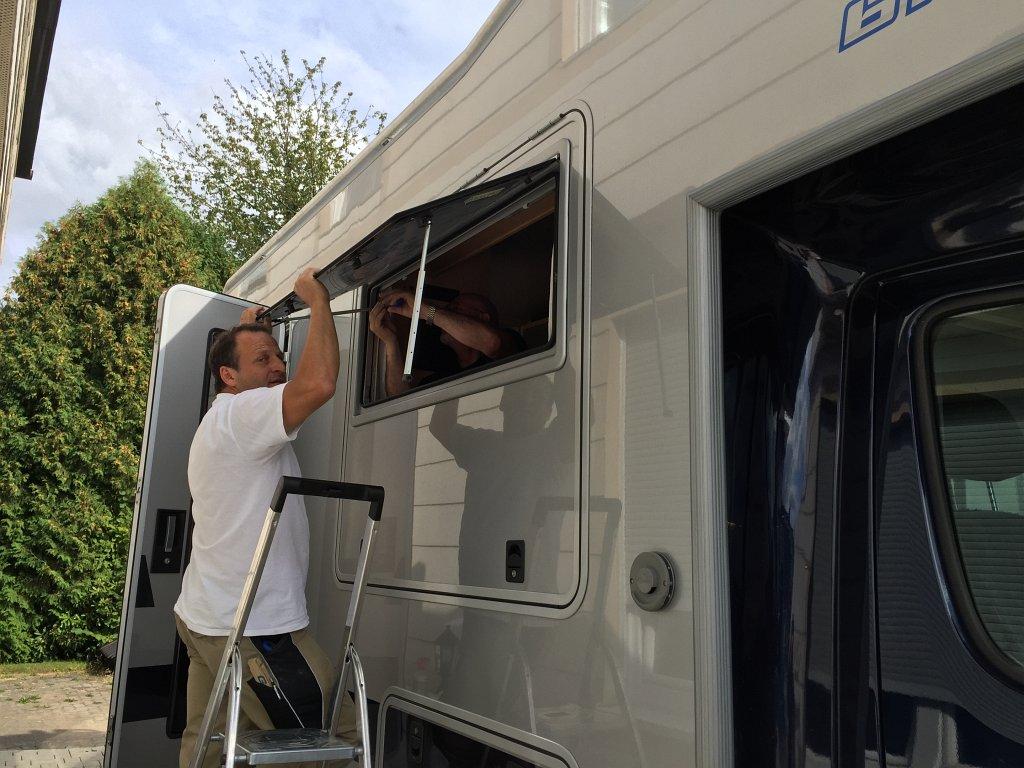 vanglas echtglas fenster leben und reisen im wohnmobil. Black Bedroom Furniture Sets. Home Design Ideas