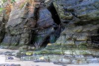 Praia-das-Catedrais-Felsfarben