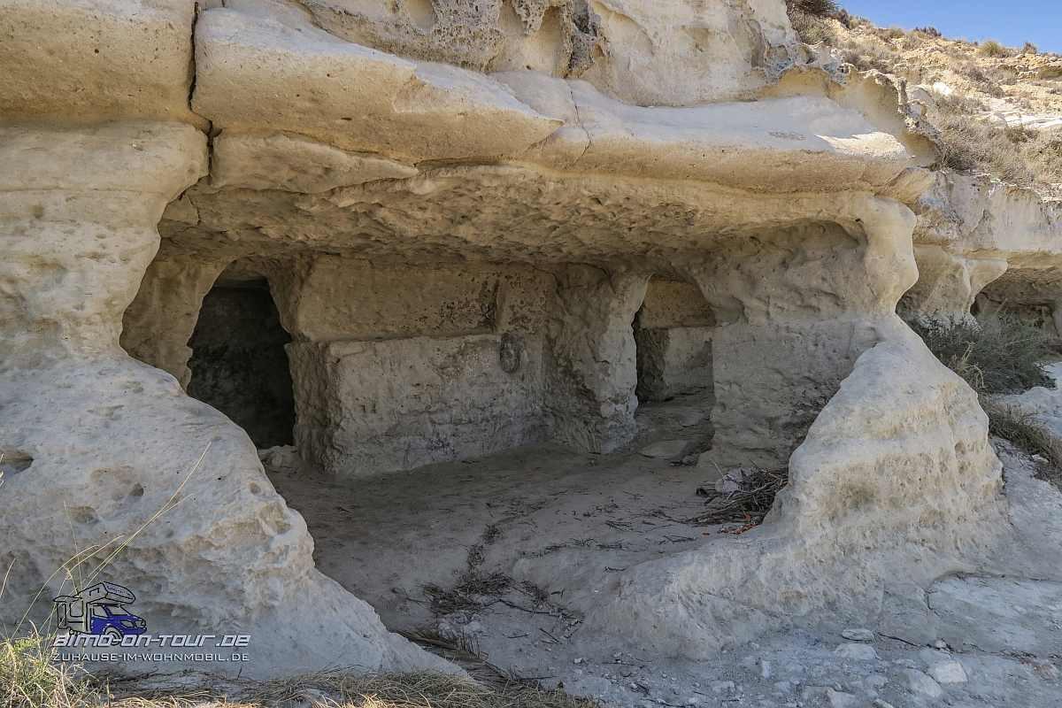 Agua Amarga-Höhlen
