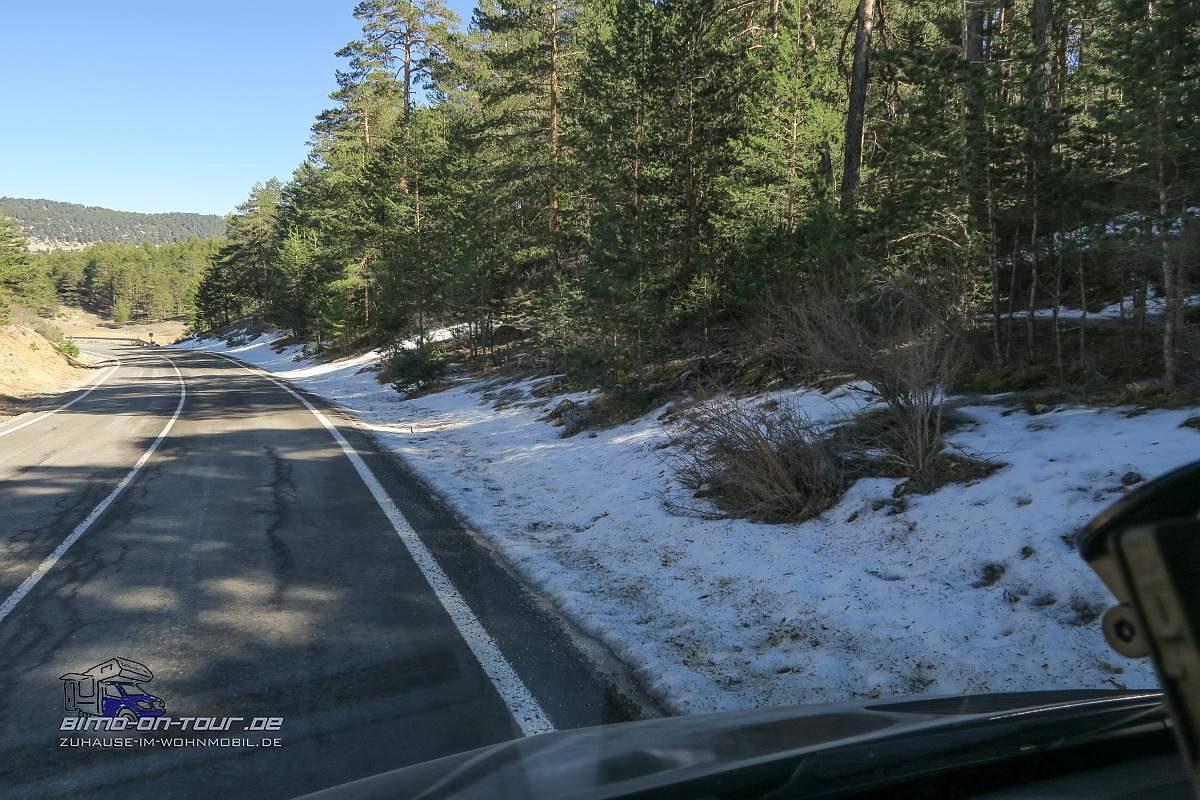 Berglandschaft mit Schnee