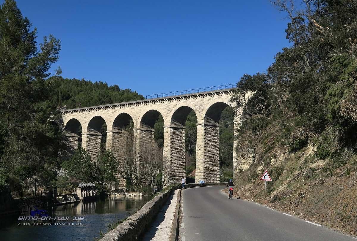 Fontaine-de-Vaucluse-Äquadukt
