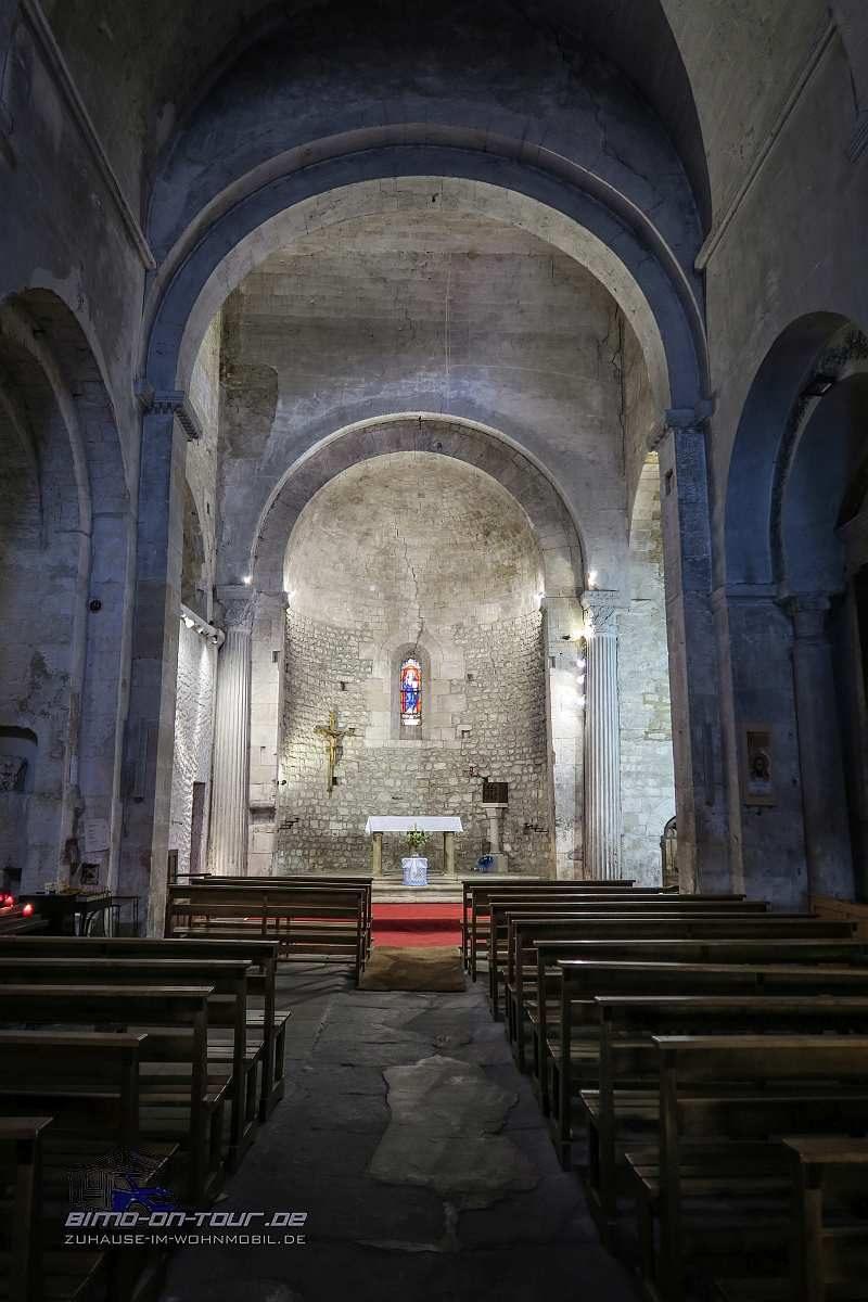 Fontaine-de-Vaucluse-Kirche