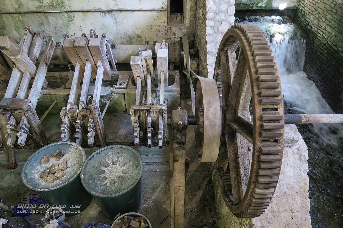 Fontaine-de-Vaucluse-Papiermühle