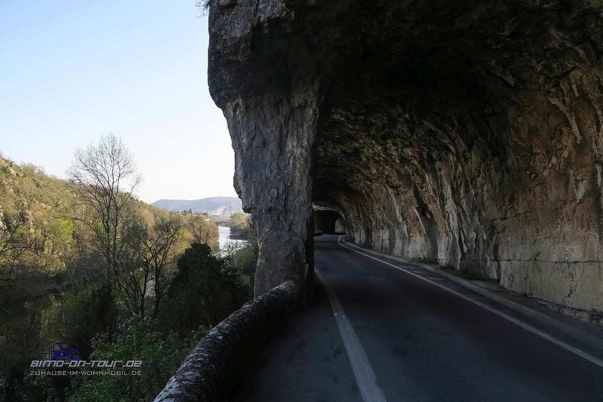 Ligne-Tunnel