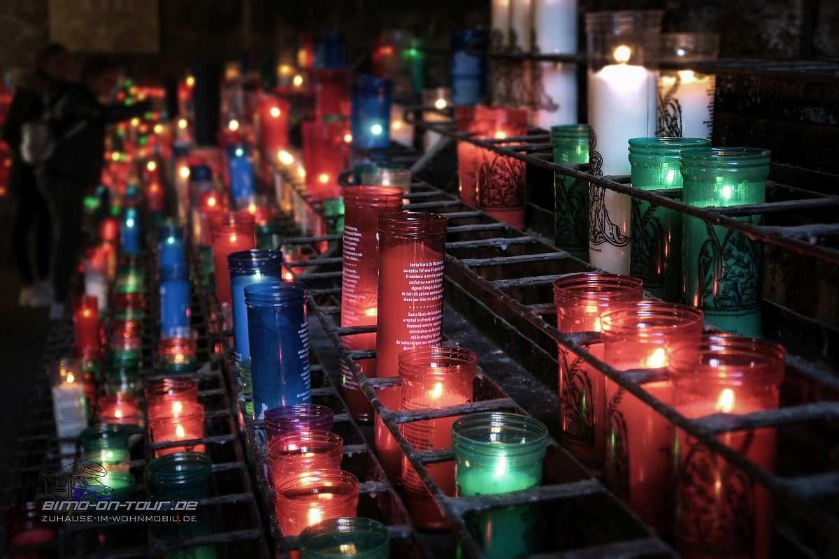 Montserrat-Kerzen
