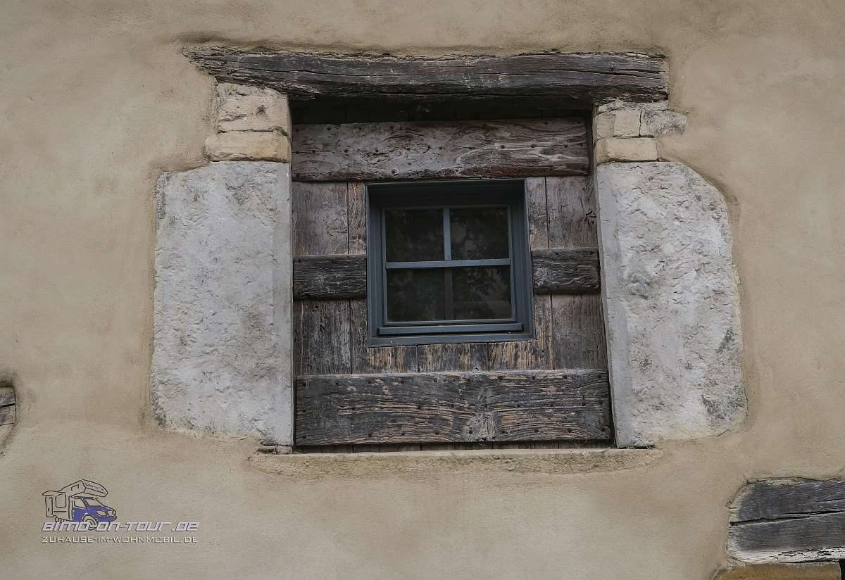 Cremieu-Fenster