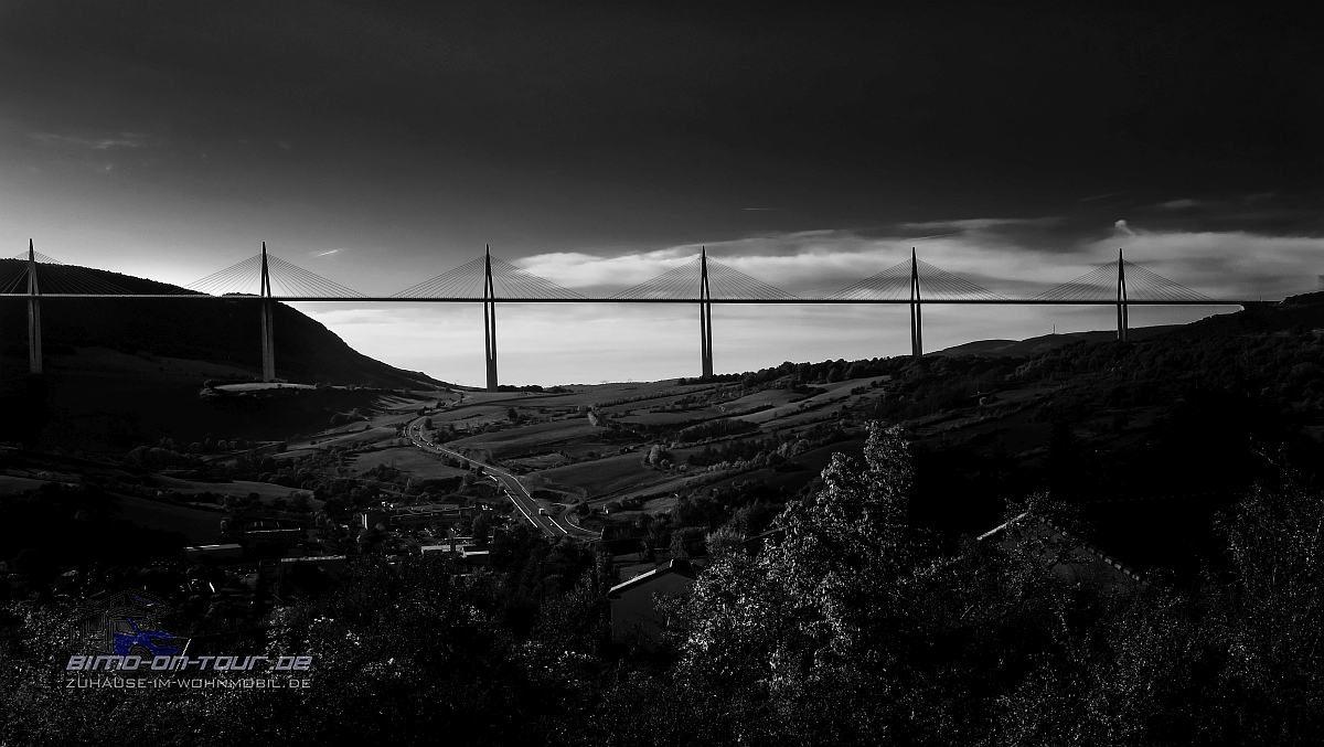 Milau-Hängebrücke