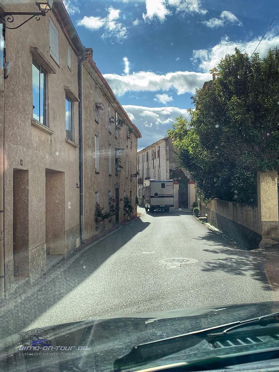Ortsdurchfahrt mit Bimo