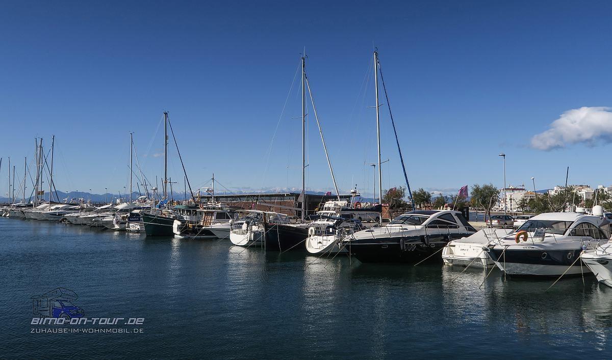 Roses-Hafen