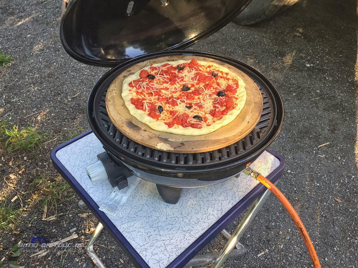 Pizza im Cadac