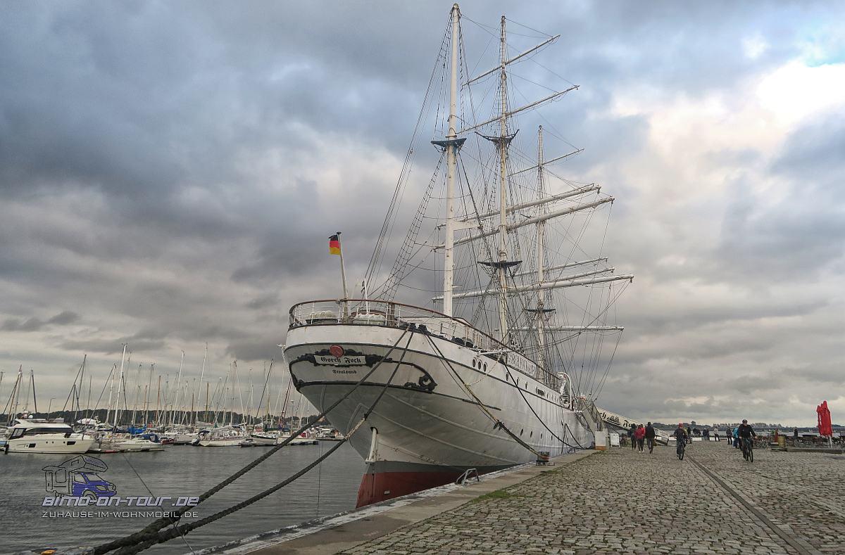 tralsund Hafen-Gorch Fock