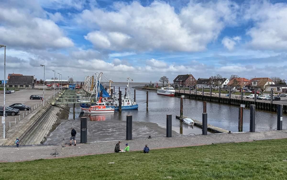 Fedderwardersiel Hafen